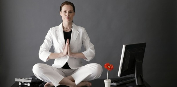 yoga-desk-at-the-office-610x300
