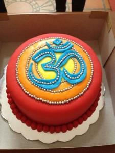 yoga om cake